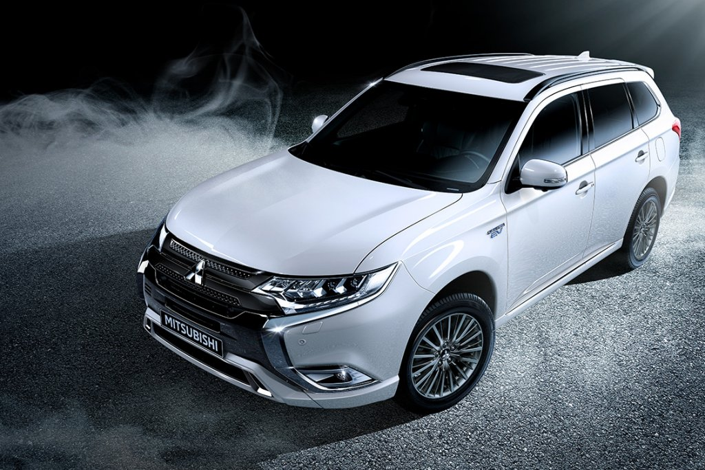 my19-outlanderphev_16-pop-up.jpg