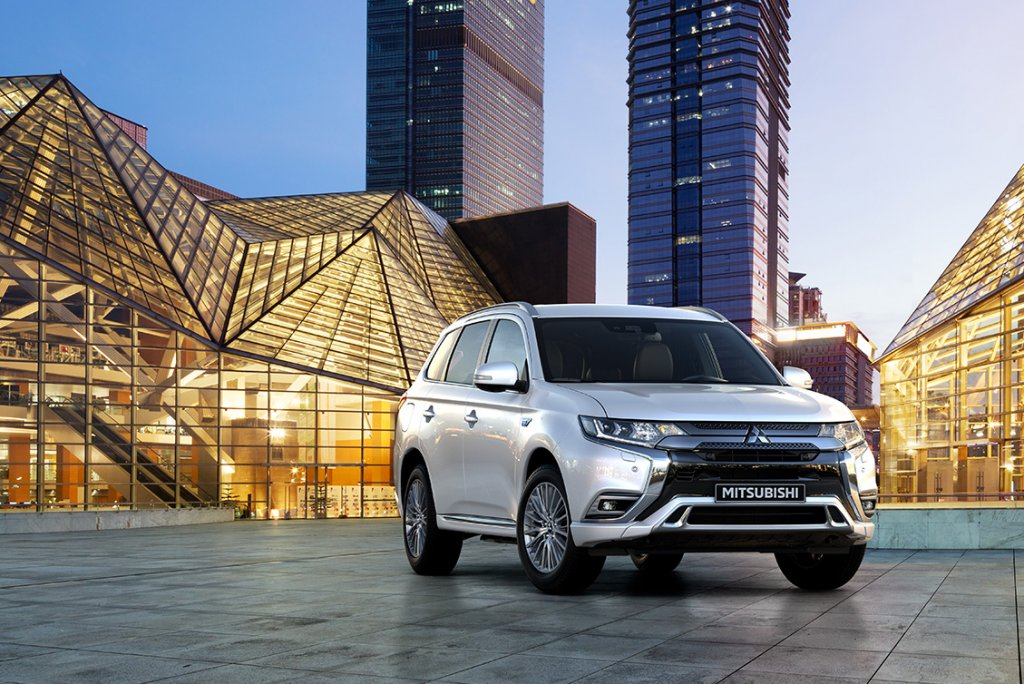 my19-outlanderphev_17-pop-up.jpg